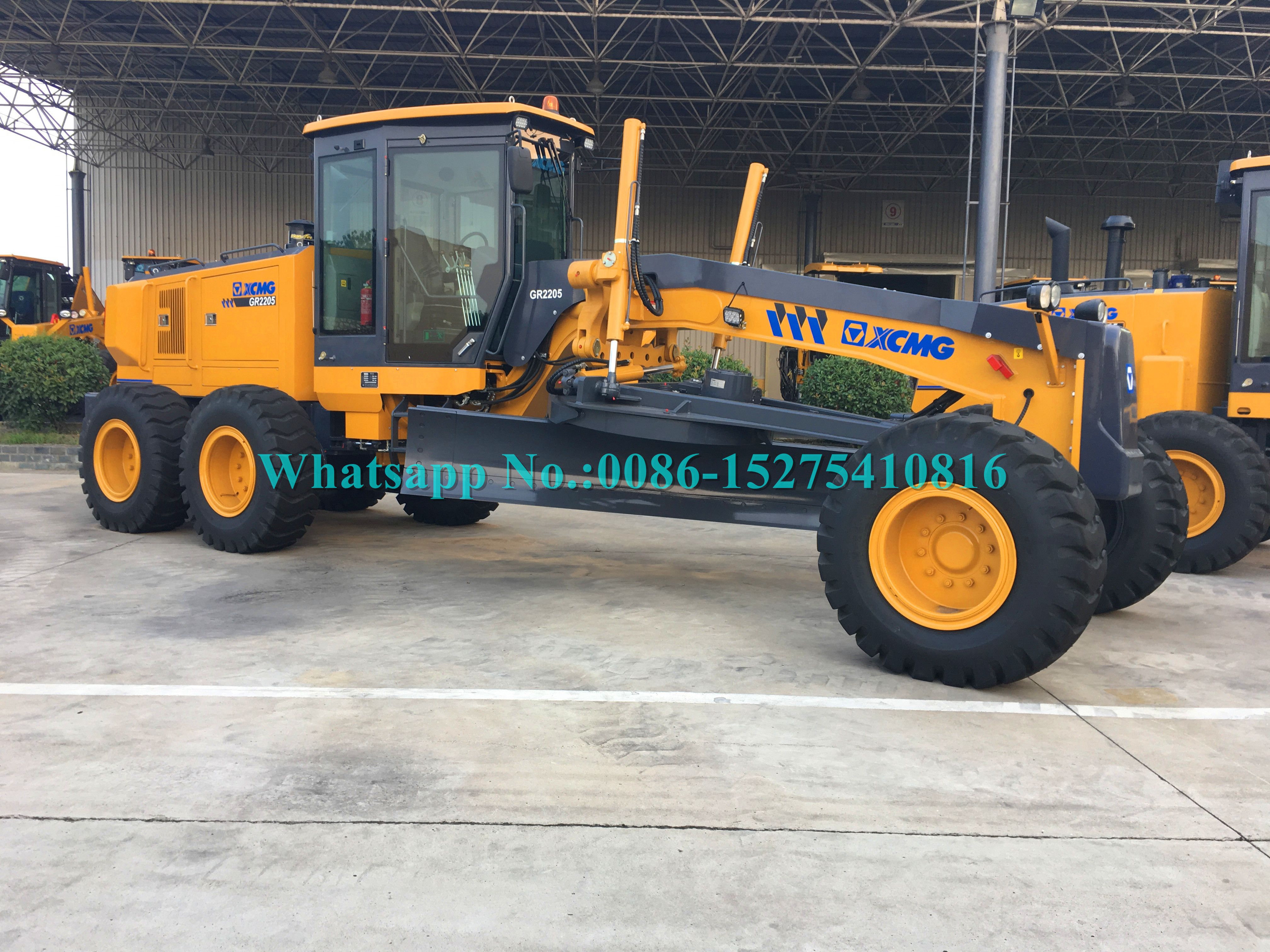 16 Ton Tractor Road Grader Road Construction Machinery XCMG GR2003 200HP 16000kg